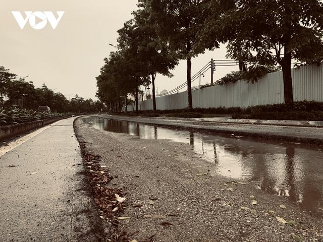 Đường nghìn tỷ ở Hà Nội vừa xong, mặt đường đã bị bóc lên gây lãng phí - Ảnh 12.