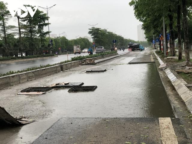 Đường nghìn tỷ ở Hà Nội vừa xong, mặt đường đã bị bóc lên gây lãng phí - Ảnh 5.