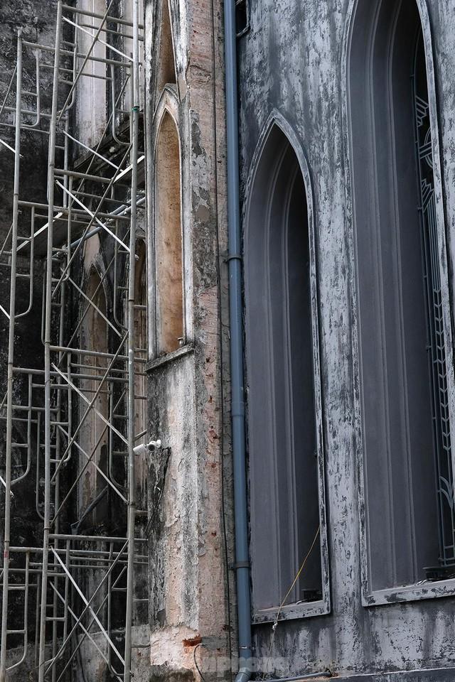Nhà thờ Lớn Hà Nội trước ngày khoác áo mới  - Ảnh 5.