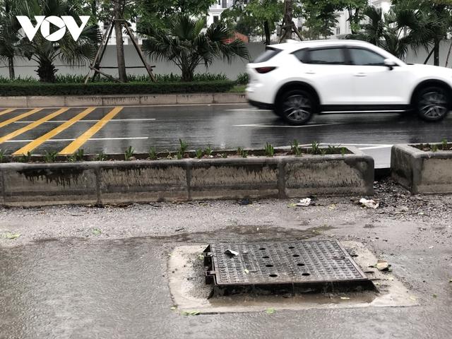 Đường nghìn tỷ ở Hà Nội vừa xong, mặt đường đã bị bóc lên gây lãng phí - Ảnh 6.