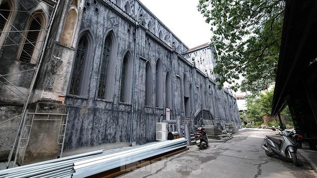 Nhà thờ Lớn Hà Nội trước ngày khoác áo mới  - Ảnh 9.