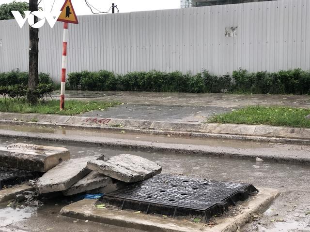 Đường nghìn tỷ ở Hà Nội vừa xong, mặt đường đã bị bóc lên gây lãng phí - Ảnh 10.