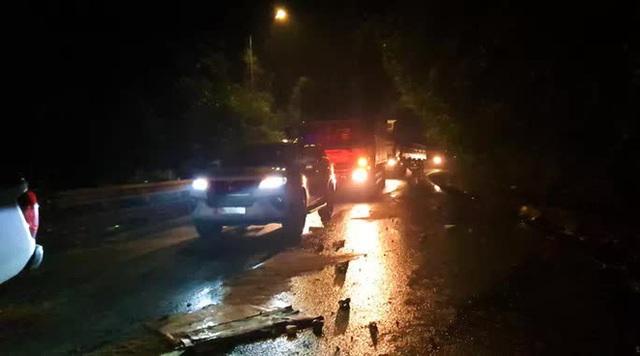 Tai nạn nghiêm trọng trên đèo Bảo Lộc, 2 sinh viên chết thảm - Ảnh 1.