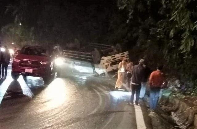 Tai nạn nghiêm trọng trên đèo Bảo Lộc, 2 sinh viên chết thảm - Ảnh 2.