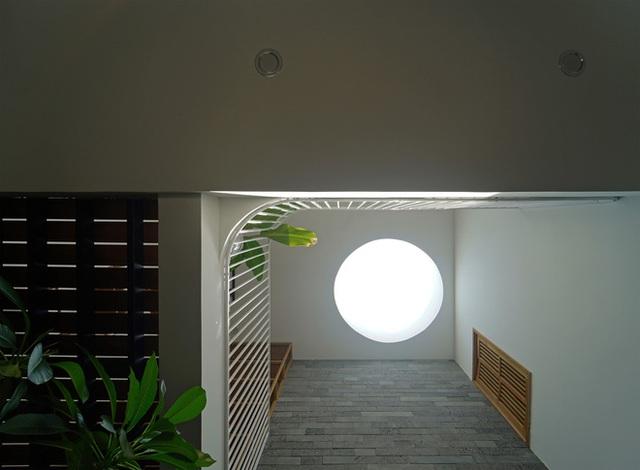 Sở hữu lô đất có vị thế đẹp, vợ chồng Đà Nẵng xây ngôi nhà nhỏ nhưng xuất sắc đến mức lên cả báo Mỹ - Ảnh 14.
