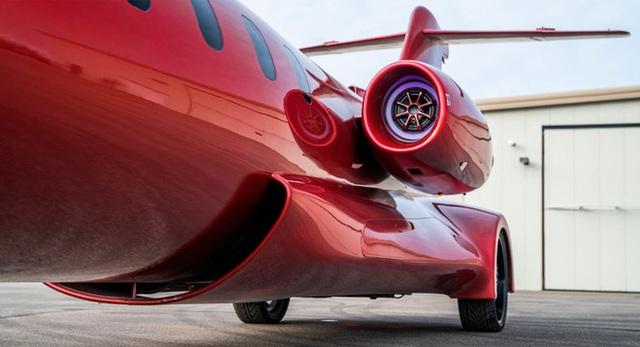 Limo lai máy bay đầu tiên thế giới: Giá không dưới 115 tỷ, hát karaoke trên trời, tặng kèm xe bán tải  - Ảnh 3.