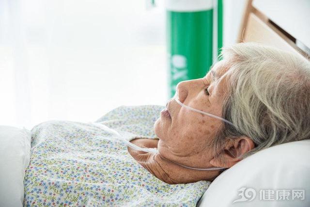 Mắc ung thư gan 15 năm vẫn sống khỏe mạnh, Giám đốc bệnh viện Ung bướu 81 tuổi tiết lộ 3 sự thật ít người biết về ung thư - Ảnh 4.