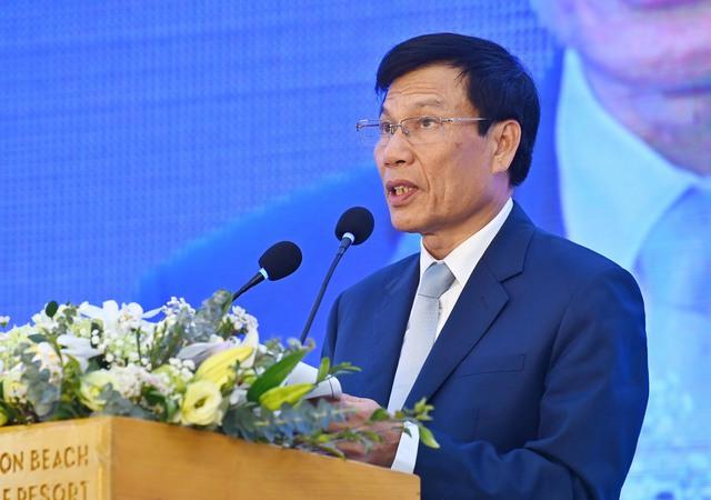 Bộ trưởng Bộ VHTTDL Nguyễn Ngọc Thiện: Khi dịch Covid-19 được kiểm soát phải mất thêm 2 năm nữa để du lịch tăng trưởng trở lại - Ảnh 1.
