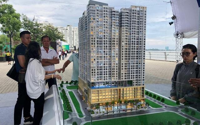 Trái chiều thị trường căn hộ Hà Nội và Tp.HCM - Ảnh 2.