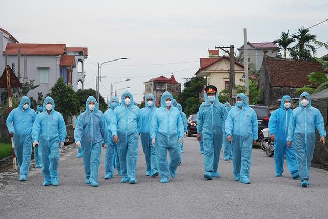 Bộ trưởng Nguyễn Thanh Long: Tốc độ lây nhiễm Covid-19 ở Hà Nam nhanh, mức độ tấn công nhanh - Ảnh 1.
