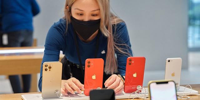 Đứng top 2 toàn cầu, điện thoại Apple kinh doanh ra sao tại Việt Nam? - Ảnh 2.