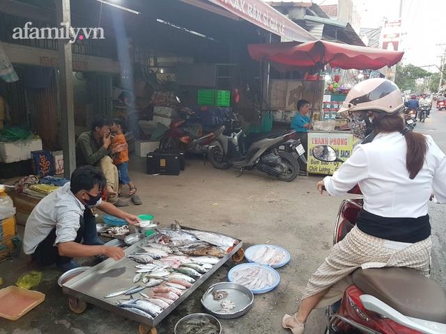 Từ hai bàn tay trắng, tiền cưới còn phải đi vay, cặp vợ chồng có 3 con mua được 2 căn nhà, 1 mảnh đất ở Sài Gòn chỉ sau 8 năm kết hôn - Ảnh 3.