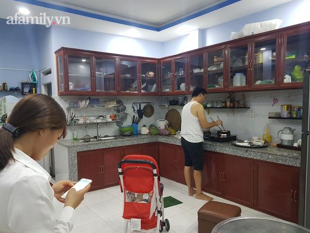 Từ hai bàn tay trắng, tiền cưới còn phải đi vay, cặp vợ chồng có 3 con mua được 2 căn nhà, 1 mảnh đất ở Sài Gòn chỉ sau 8 năm kết hôn - Ảnh 4.