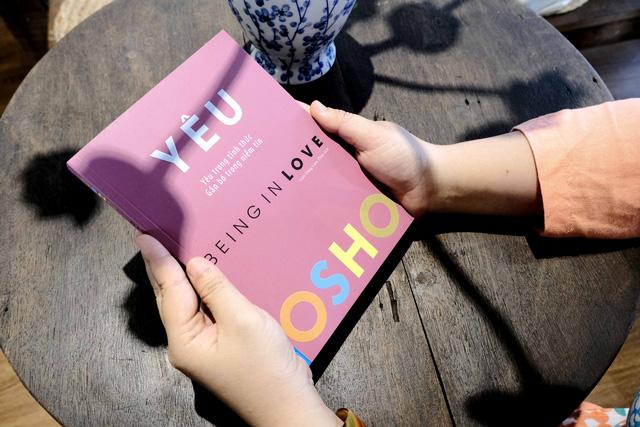 7 tư tưởng từ triết gia cá tính bậc nhất trong lịch sử có thể cứu rỗi mọi tổn thương trong bạn, kể cả đau khổ vì yêu: Vì sao không cần kết hôn cũng chẳng cần ly hôn?  - Ảnh 2.