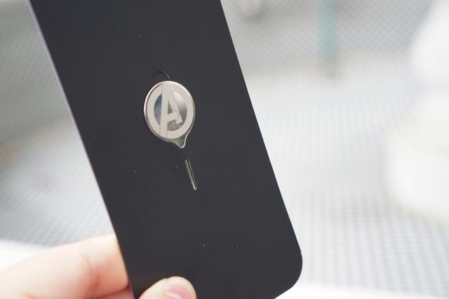 Nếu là fan Marvel, bạn không thể bỏ qua chiếc điện thoại giá 10 triệu này - Ảnh 4.