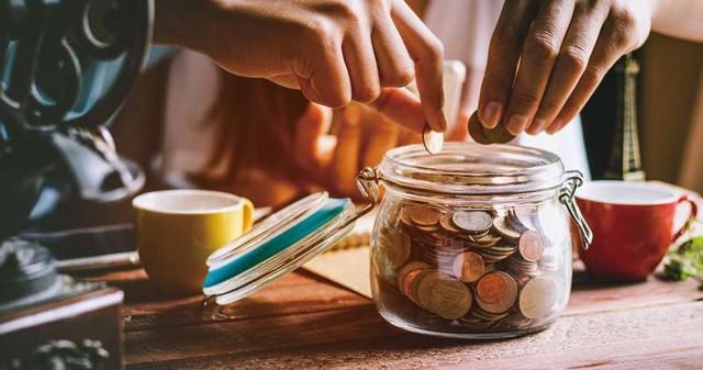 Lương 15 triệu đồng vẫn có thể tiết kiệm được 6 triệu mỗi tháng với 7 bí quyết - Ảnh 2.