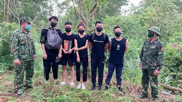 NÓNG: 9 người Trung Quốc nhập cảnh trái phép vào đến tận Quảng Bình - Ảnh 1.