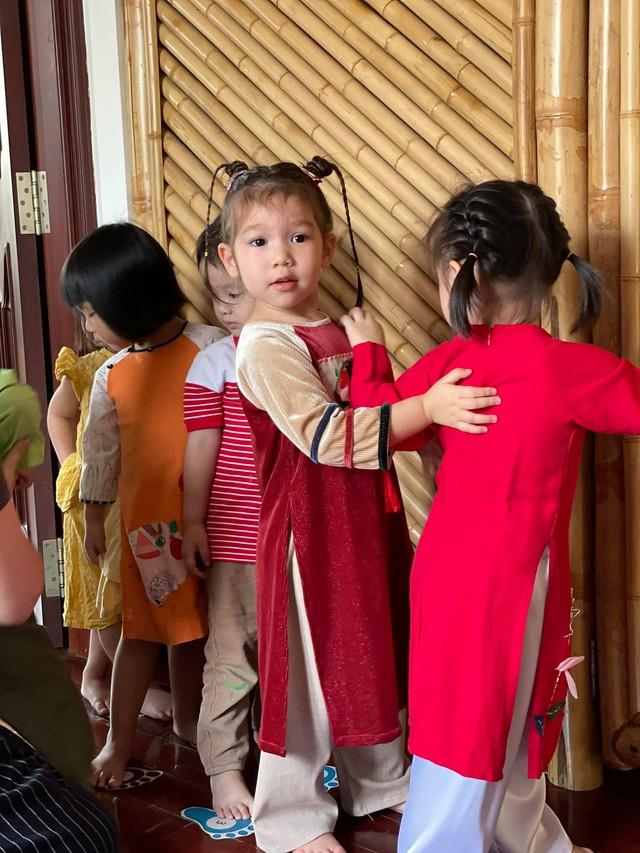 Sau 1 năm cho con đi học sớm, vợ chồng siêu mẫu Hà Anh hạnh phúc vì bé Myla bộc lộ nhiều tài năng, kiếm được tiền khi mới 3 tuổi nhờ page thời trang riêng - Ảnh 3.