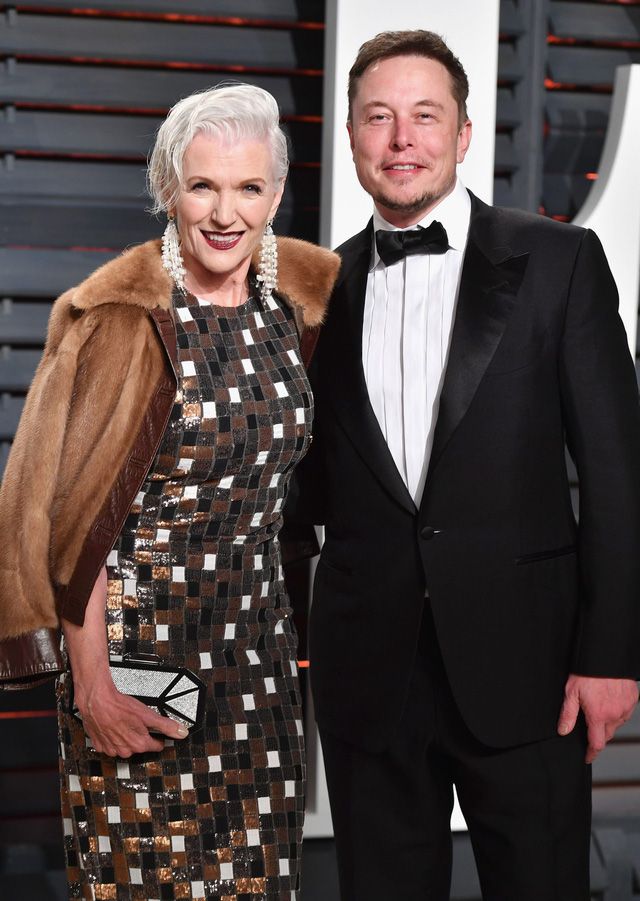 Những người khổng lồ trong gia đình Elon Musk: Cha sở hữu IQ ngang thiên tài, mẹ là siêu mẫu nổi tiếng, anh chị em đều là triệu phú đô la - Ảnh 2.