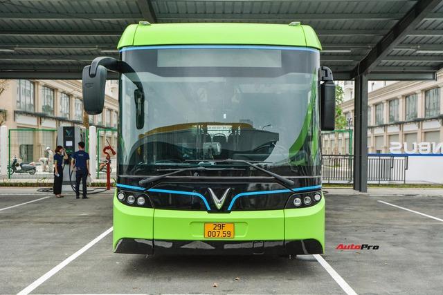 bus11-16178541275561354858899.jpg