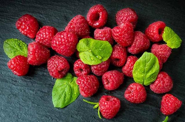 Loại trái cây nhập khẩu thì đắt đỏ nhưng lại mọc hoang đầy ở Việt Nam nếu sáng nào cũng ăn thì cơ thể nhận được 5 lợi ích không tưởng - Ảnh 1.