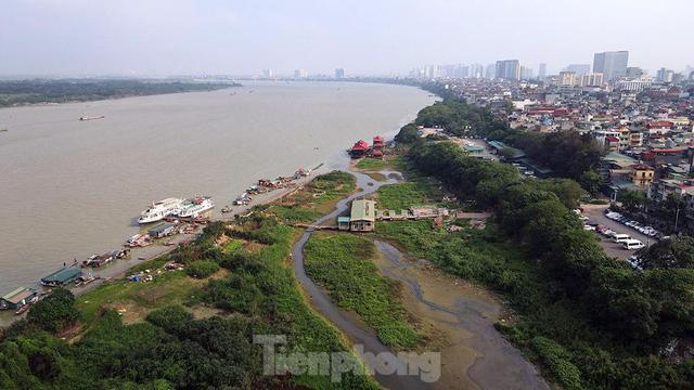 Cận cảnh những lô đất đắc địa nằm trong quy hoạch sông Hồng - Ảnh 2.