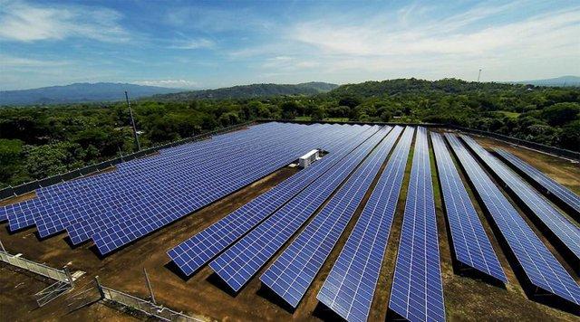 EVN: Sản lượng điện tái tạo quý I/2021 tăng hơn 180% - Ảnh 2.