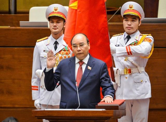 Đương kim Thủ tướng được bầu làm Chủ tịch nước và những điểm đặc biệt trong kỳ họp cuối cùng của Quốc hội khóa XIV - Ảnh 13.