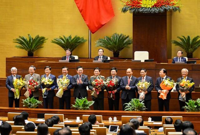 Đương kim Thủ tướng được bầu làm Chủ tịch nước và những điểm đặc biệt trong kỳ họp cuối cùng của Quốc hội khóa XIV - Ảnh 19.