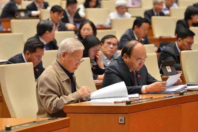 Đương kim Thủ tướng được bầu làm Chủ tịch nước và những điểm đặc biệt trong kỳ họp cuối cùng của Quốc hội khóa XIV - Ảnh 4.