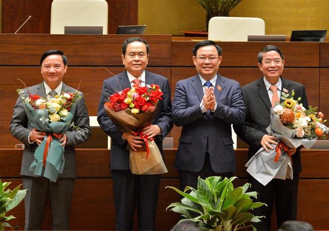 Đương kim Thủ tướng được bầu làm Chủ tịch nước và những điểm đặc biệt trong kỳ họp cuối cùng của Quốc hội khóa XIV - Ảnh 8.