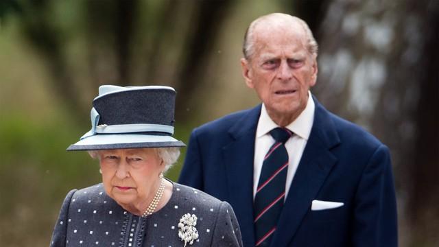 Hoàng gia Anh thông báo: Hoàng thân Philip qua đời ở tuổi 99 - Ảnh 1.