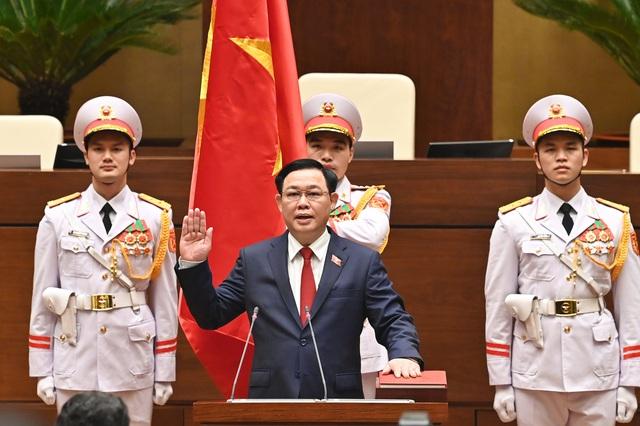 Đương kim Thủ tướng được bầu làm Chủ tịch nước và những điểm đặc biệt trong kỳ họp cuối cùng của Quốc hội khóa XIV - Ảnh 5.