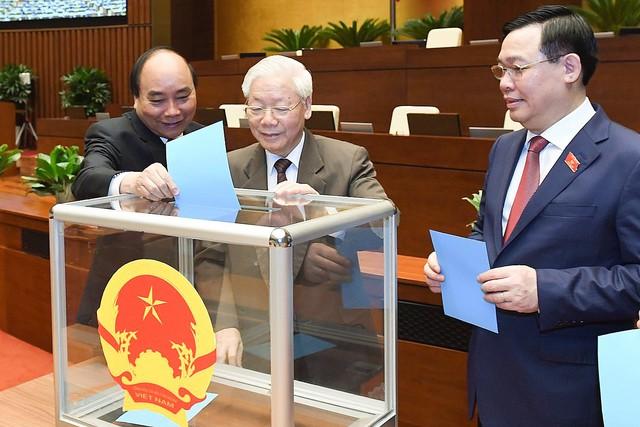 Đương kim Thủ tướng được bầu làm Chủ tịch nước và những điểm đặc biệt trong kỳ họp cuối cùng của Quốc hội khóa XIV - Ảnh 9.