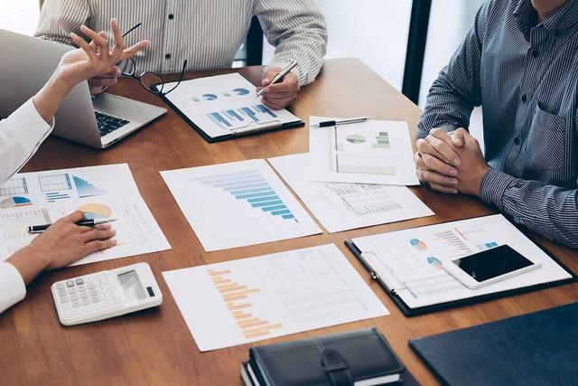 Ngoài lãnh đạo nhiệt huyết, còn tới 9 điểm chung không thể thiếu của các doanh nghiệp thành công: Bạn có đang làm việc trong môi trường đáng mơ ước đó? - Ảnh 1.