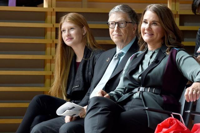 3 con nhà tỷ phú Bill Gates - tinh hoa của cuộc hôn nhân 27 năm cùng vợ cũ: Nhìn profile học tập khủng chỉ biết xuýt xoa con nhà người ta - Ảnh 2.
