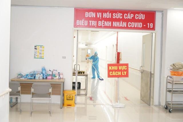 Hỏa tốc: Ban chỉ đạo Quốc gia yêu cầu thực hiện giãn cách tại các bệnh viện  - Ảnh 1.