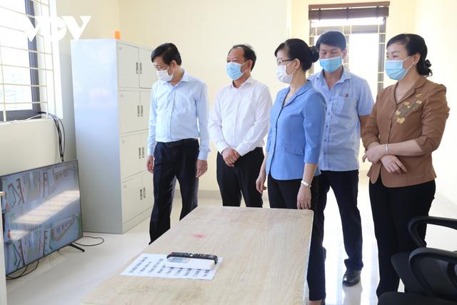 Bắc Ninh kích hoạt 2 bệnh viện dã chiến 600 giường, bắt đầu tiếp nhận bệnh nhân  - Ảnh 1.