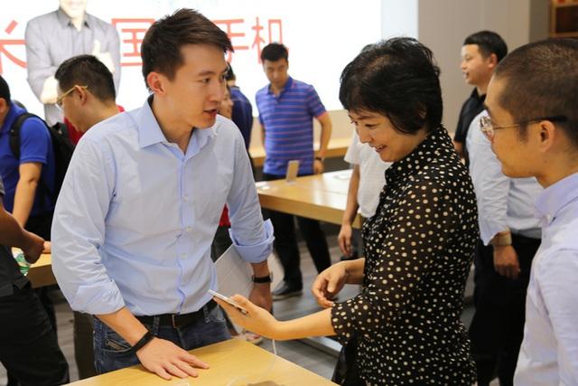 Chân dung nam thần CEO mới của TikTok: Át chủ bài ở công ty điện tử hàng đầu Trung Quốc và 3 cơ hội đổi đời hiếm có khó tìm - Ảnh 13.