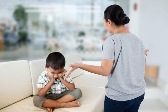 Một câu nói được coi như thần chú giúp bố mẹ thay đổi hành vi chưa tốt của con - Ảnh 1.
