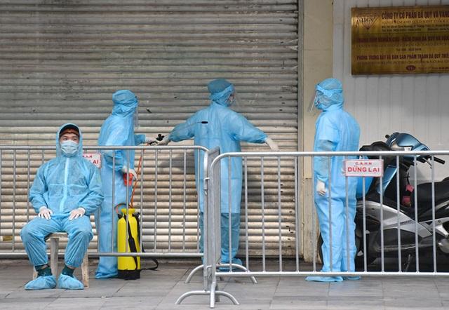 Hà Nội gửi công văn khẩn yêu cầu xử lý nghiêm giám đốc đi Đã Nẵng không khai báo y tế khiến nhiều nơi bị cách ly - Ảnh 1.