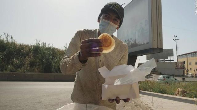 Cuộc sống đói khát tại quốc gia từng giàu bậc nhất Trung Đông - Ảnh 5.