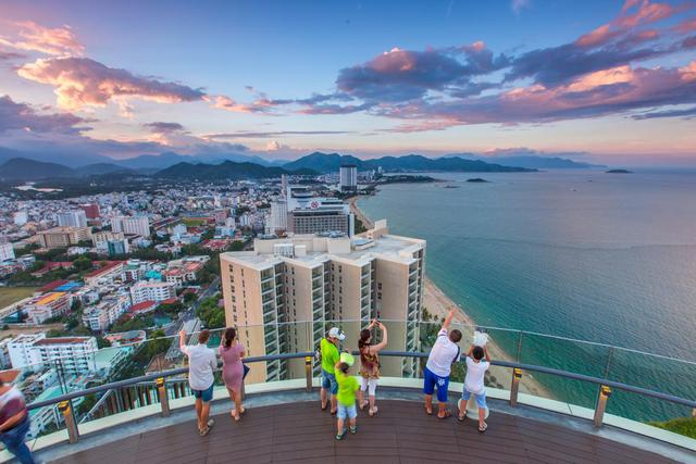 """Khách sạn và Resort Việt Nam """"nín thở"""" trước mùa cao điểm du lịch nội địa - Ảnh 1."""