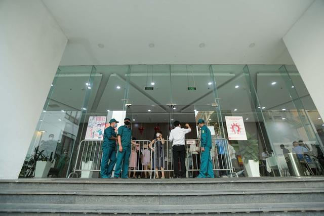 Bí thư Hà Nội nói về việc xử lý Giám đốc Hacinco mắc Covid-19, phòng khám Thu Cúc  - Ảnh 2.