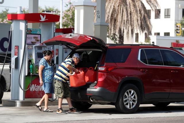 Tình trạng thiếu xăng dầu tại Mỹ có thể kéo dài vài ngày tới - Ảnh 1.
