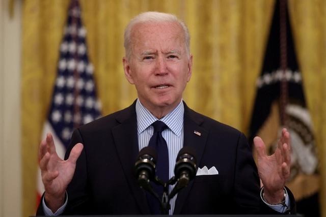 Tổng thống Biden trảm hàng loạt sắc lệnh của ông Trump  - Ảnh 1.