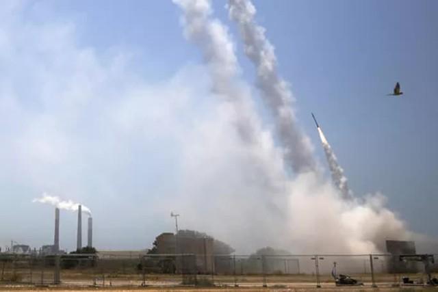 Xung đột ở Dải Gaza: Cú chuyển mình khiến Israel ngỡ ngàng  - Ảnh 1.