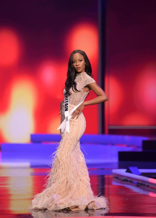 Missosology công bố top 15 trang phục dạ hội đẹp nhất Miss Universe 2020, Khánh Vân thể hiện xuất sắc có đủ sức leo top?  - Ảnh 15.