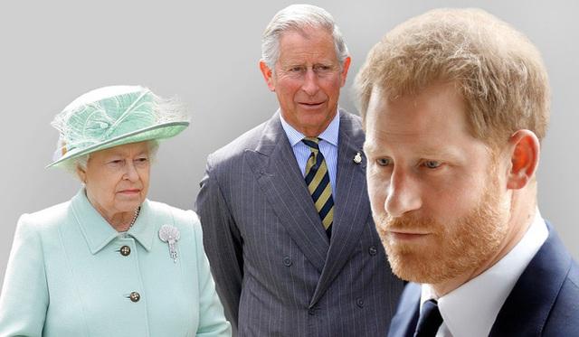 Đâm nhát dao chí mạng vào Hoàng gia Anh, Harry xấu hổ nhận về muôn vàn chỉ trích, Meghan lại bị cho là đứng sau giật dây  - Ảnh 2.