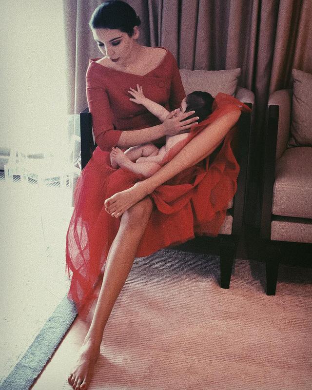Cuộc sống sang chảnh của cháu dâu tỷ phú giàu nhất nước Nga: Mệnh danh công chúa không ngai, 2 lần kết hôn sinh con được ví như thiên thần nhưng thị phi bủa vây tứ phía - Ảnh 23.